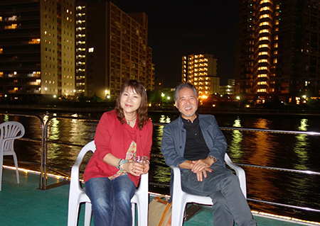 船上・二階堂隆&美子.jpg