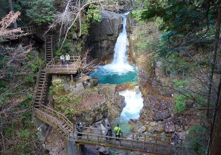 龍神の滝-1.JPG