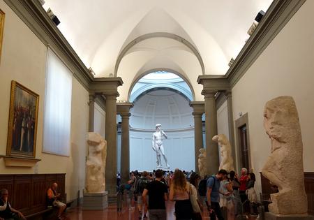 アカデミア美術館のダビデ像1.JPG