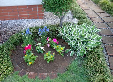 エルグデザインの庭.JPG