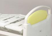 エルグデザイン二階堂隆デザインの医療用ベッド/