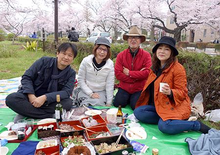 国立お花見2016-4.jpg
