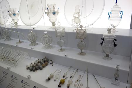 ガラスの器具.JPG